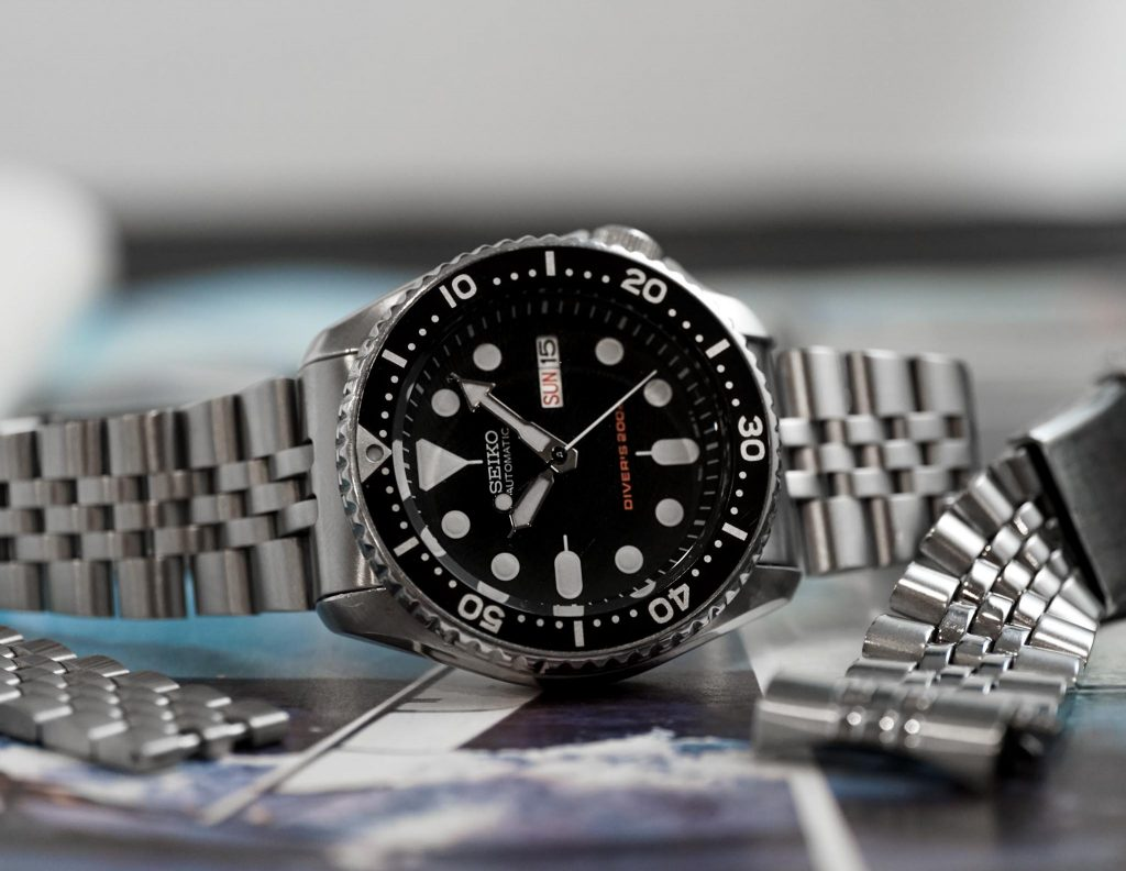 Hands-On Review – Uncle Seiko SKX Z199 and Super Oyster Bracelets
