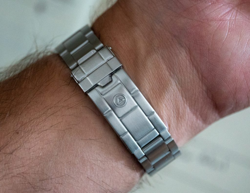 The WMT Royal Marine Mk II Subdiver Bracelet and Clasp