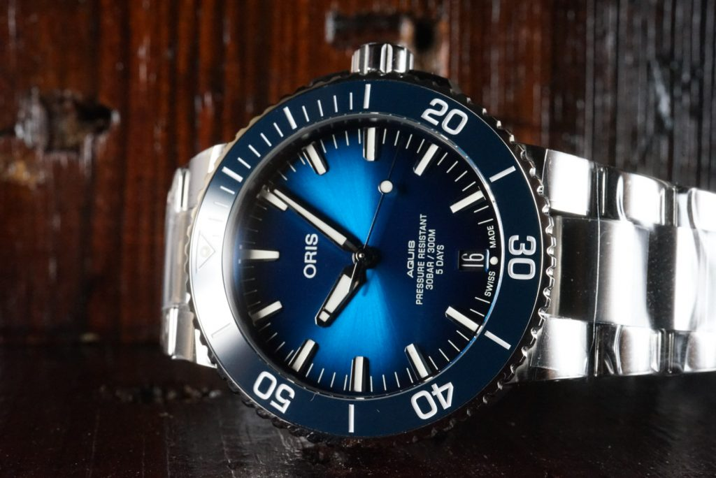 Hands-On Review – Oris Aquis Date Calibre 400